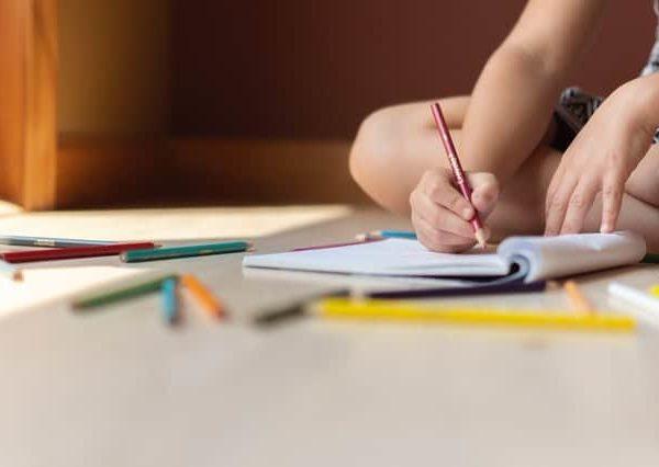 Lad børnene tegne sig til læring med Magisk Tegning